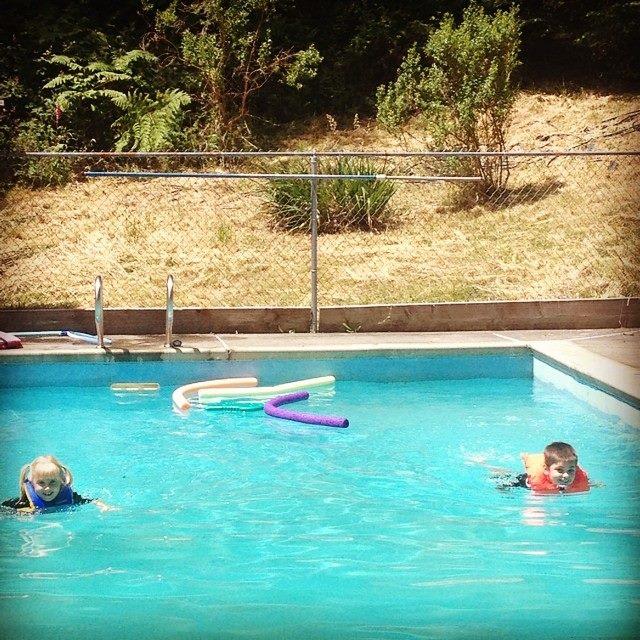 swimming 2014